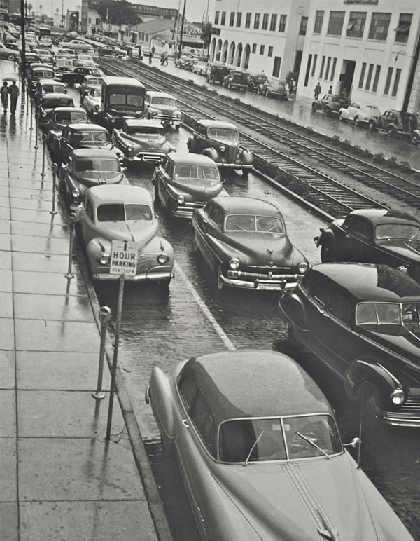 1950s view of 1st Ave S. in St. Petersburg